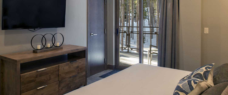 Bedroom at Grand Colorado on Peak u=8