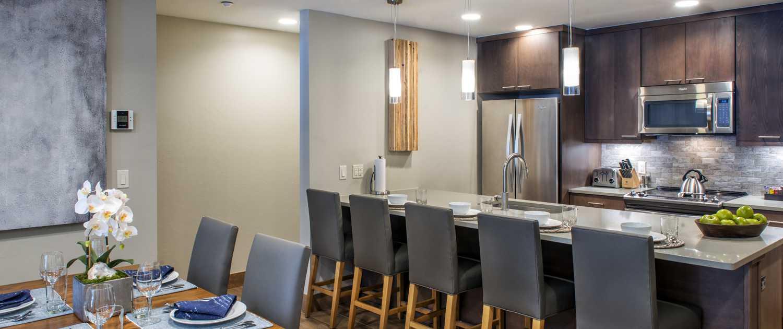 Grand Colorado on Peak 8 studio kitchen