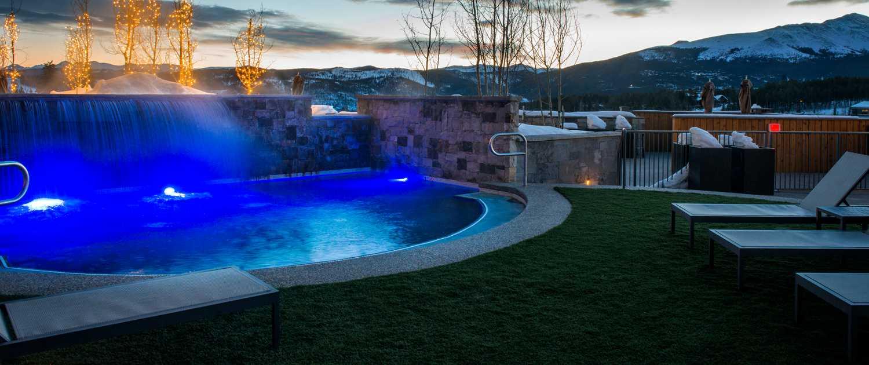 Kid pool at Grand Colorado on Peak 8