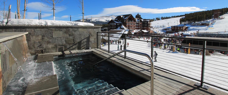 Outdoor hot tubs at Grand Colorado